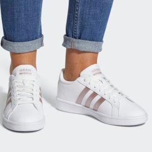 Women's Adidas CLOUDFOAM ADVANTAGE SHOES size 10